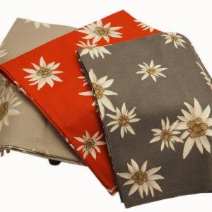stella-alpina-tutti-tessitura-artistica-kunstweberei-pedevilla-tessuti-tovaglie-metraggi-tischdecken-meterwaren-stoffe-fabric-woven